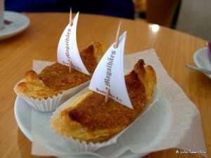 Magalhães cakes, from Ponte da Barca.