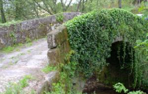 Roman bridge,  Ponte de Vade.