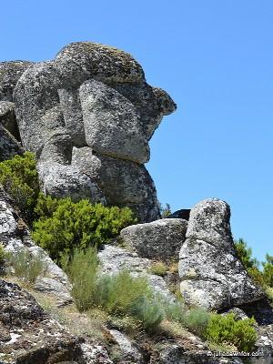 """""""Cabeça do Velho"""", a natural rock formation in Serra da Estrela."""