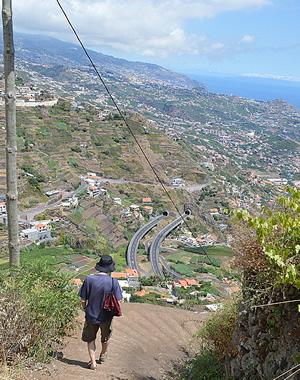 Steep walk down Calçada Cruz da Caldeira, Madeira