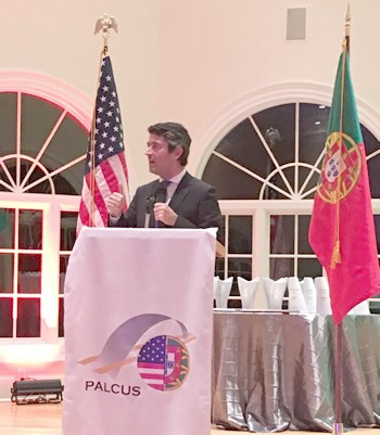 Dr. José Luis Carneiro, Secretary of State of the Portuguese Communities delivered the keynote address.